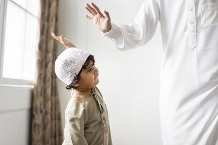 صورة , مسلم , المحبة , التراحم , أب