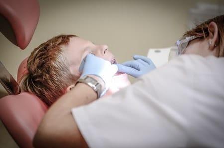 خلع الأسنان الدائمة ، صورة ، ضرس، سن
