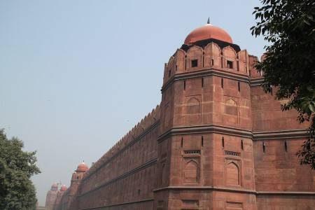 نيودلهي ، الهند ، بوابة الهند ، حدائق لودهي ، مجمع الحصن الأحمر ، قبر همايون ، دلهي