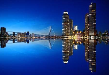 روتردام ، هولندا ، أوروبا ، برج يوروماست ، المنازل المكعبة ، طواحين كنديرديك ، المعالم السياحية