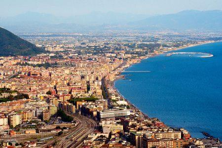 Salerno , مدينة ساليرنو ، صورة ، إيطاليا