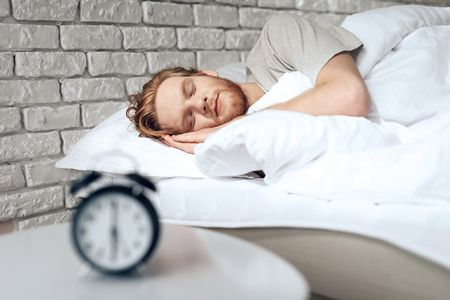 صورة , رجل نائم , نوم جيد