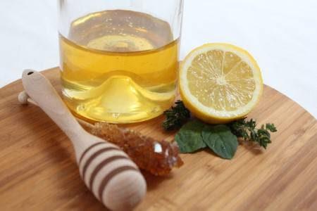 العسل ، السكر ، حديثي الولادة ، المحليات الصناعية ، السعرات الحرارية ، زيادة الوزن