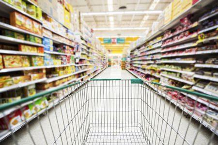 صورة , سوبر ماركت , الأكل المعلب , المعلبات
