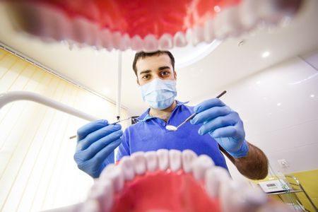 اختيار طبيب الأسنان , طبيب الأسنان المناسب