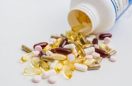 صورة , الفيتامينات , المكملات الغذائية , أدوية