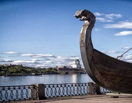 فيبورغ ، المعالم السياحية ، روسيا ، ساحة تاون هول ، بيت البرغر ، قلعة بانتسلاكس