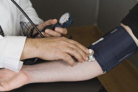 ارتفاع الضغط ، ضغط الدم المنخفض ، قياس الضغط ، مرضى الضغط