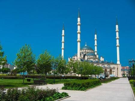 الشيشان ، أوربا ، السياحة الدينية ، كيزينزيام ، تيبولوسمتا ، نهر أرغون ، غوروزني
