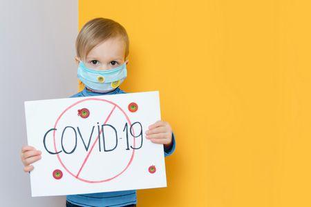 كيف نتعامل مع خوف الأطفال من فيروس كورونا