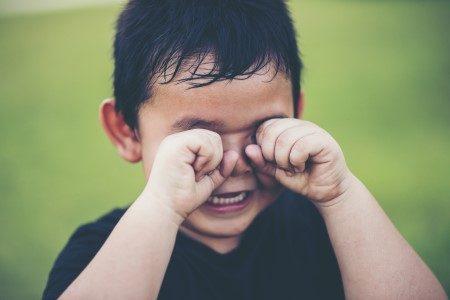 حساسية الأطفال ، احمرار العين ، حساسية الحليب ، الإكزيما