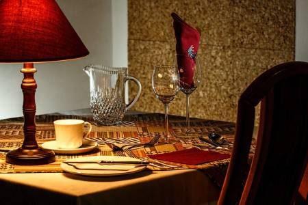 مدينة فاس ، المغرب ، الحاج مامو ، نجمة سوافين ، ذا ريونيد ، داروري ريستو ، مطاعم