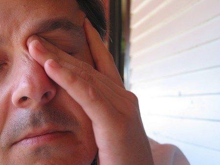 حساسية العين ، الربيع ، تحسس العيون ، أمراض العيون ، القرنية