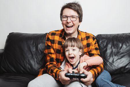صورة , طفل , أب , أهمية اللعب , لعب الأطفال