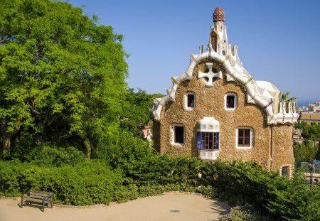برشلونة ، أسبانيا ، قلعة مونتجويك ، متحف برشلونة ، حديقة جويل ، ملعب كامب نو
