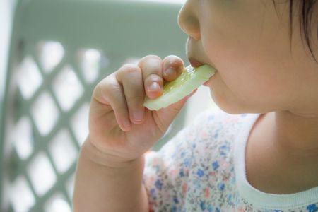 تغذية الطفل , صورة , إطعام