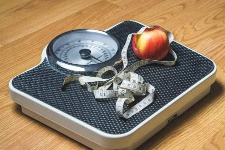 الصوم المتقطع ، الحميات الغذائية ، ارتفاع الكوليسترول ، الأنسولين ، الكبد ، خسارة الوزن