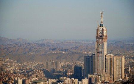 السعودية ، السياحة الدينية ، السياحة الترفيهية ، المتحف الوطني ، سوق دومة الجندل ، الحج ، مكة المكرمة ، المدينة المنورة