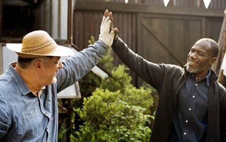 صورة , مساعدة الجيران , الإيمان