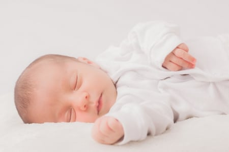 new born،طفل، حديث الولادي