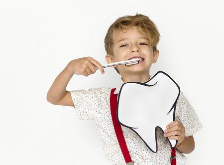 صورة , تنظيف الأسنان , الأسنان اللبنية