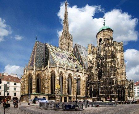 فيينا ، النمسا ، قصر شونبرون ، الحفلات الموسيقية ، عربة الحصان ، المقاهي